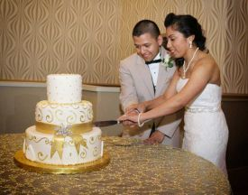 Bride and Groom Cake Cutting, Wedding at the Red Oak Ballroom B in Fort Worth, Sundance Square